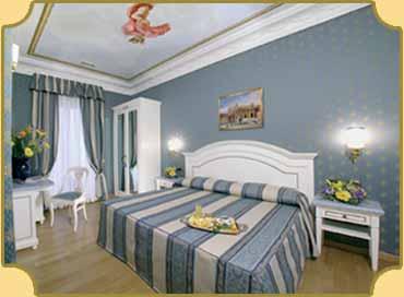 Hotel vicino vaticano la lumi re di piazza di spagna roma for Hotel roma centro economici
